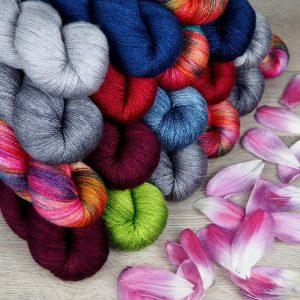 Shop Update Lace Seide BFL handgefärbte Wolle