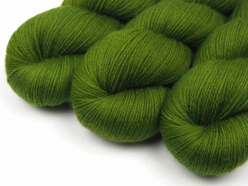 AvocadoTree Luxus HighTwist handgefärbt handdyed sock yarn