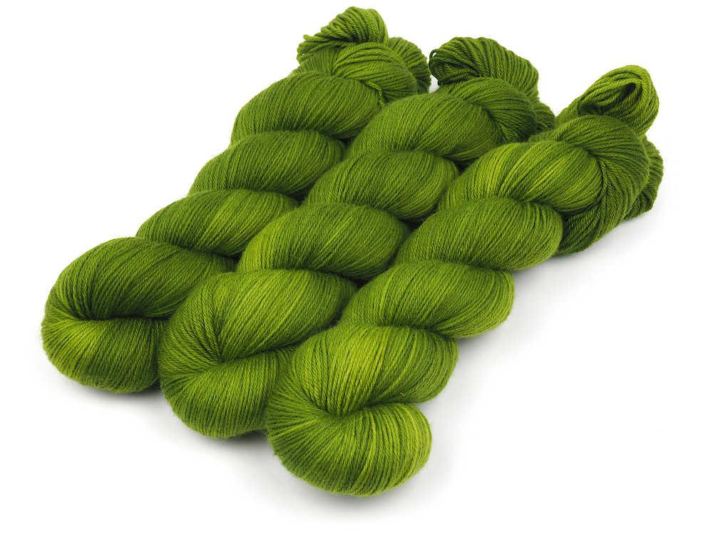 Guacamole Luxus HighTwist handgefärbt handdyed sock yarn